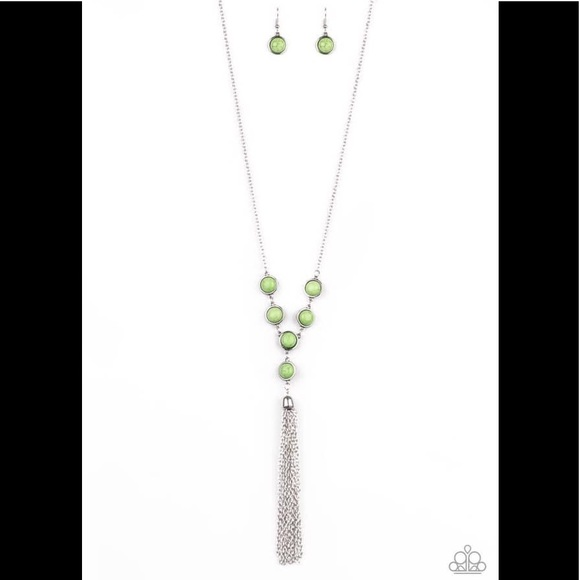 paparazzi Jewelry - Rural Heiress - Green